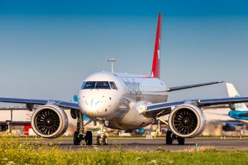 HB-AZD - Helvetic Airways Embraer ERJ-190-E2