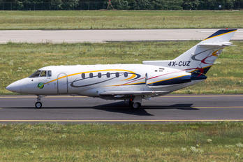 4X-CUZ - Untitled Raytheon Hawker 800XP
