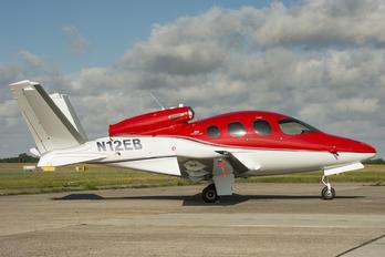 N12EB - Private Cirrus Vision SF50