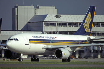 9V-STO - Singapore Airlines Airbus A310