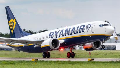EI-HEN - Ryanair Boeing 737-8-200 MAX