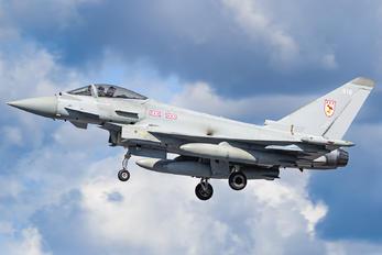 ZJ916 - Royal Air Force Eurofighter Typhoon FGR.4