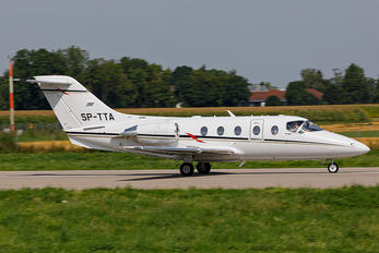 SP-TTA - Private Beechcraft 400XP Beechjet