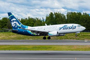 N626AS - Alaska Airlines Boeing 737-700