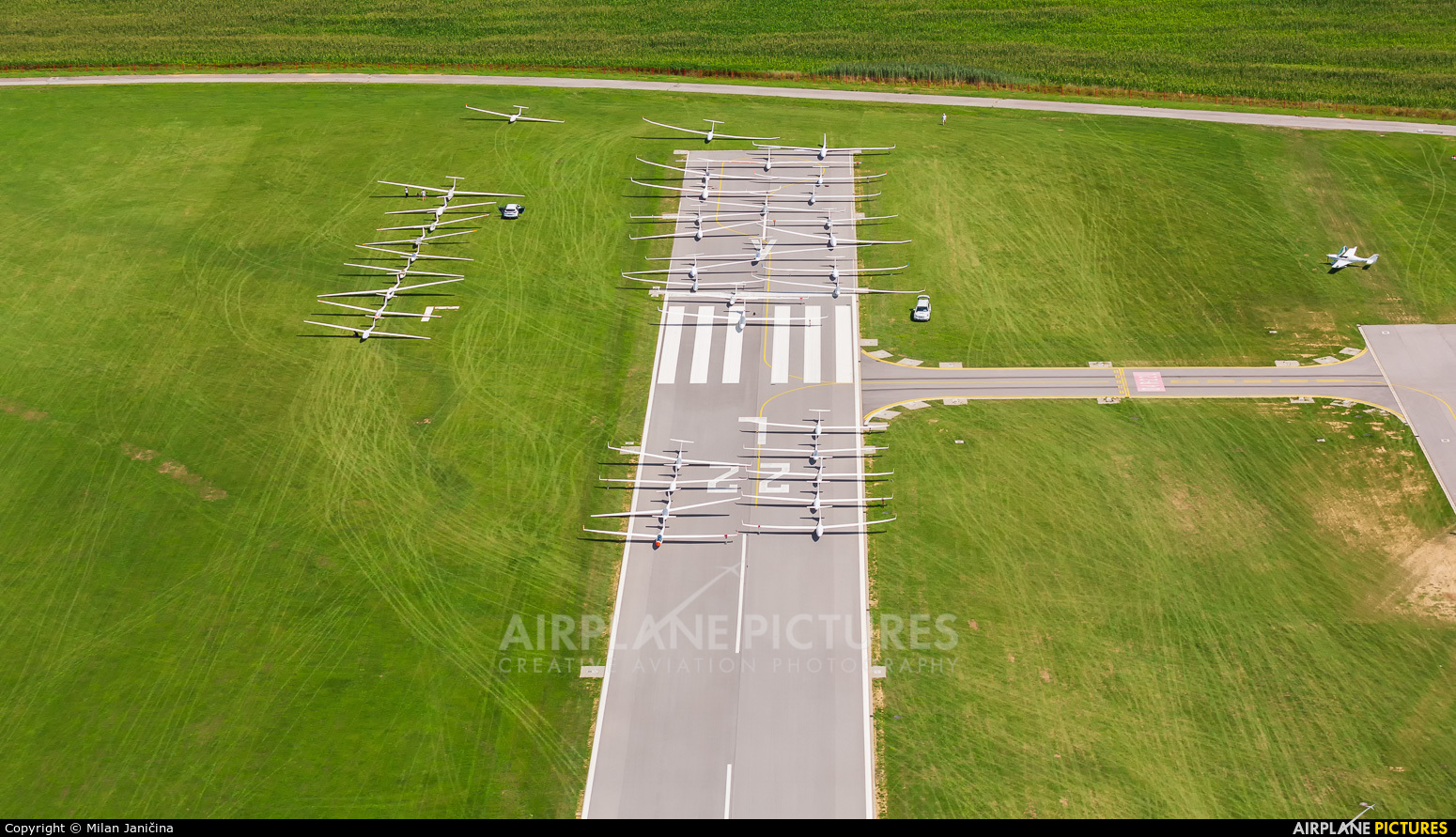 - Airport Overview - aircraft at Prievidza