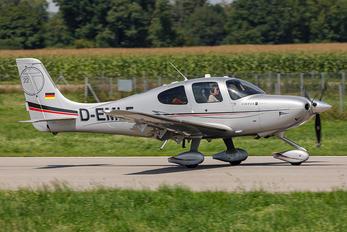 D-EMLF - Private Cirrus SR22T