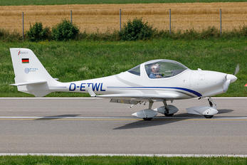 D-ETWL - Private Aquila 210
