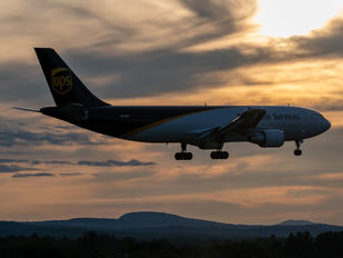 N125UP - UPS - United Parcel Service Airbus A300F4-605R