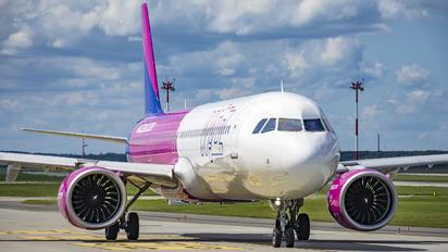 HA-LVI - Wizz Air Airbus A321 NEO
