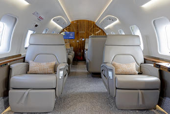 C-GJUZ - Bombardier Bombardier Challenger 650