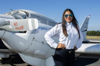 N375AZ - - Aviation Glamour - Aviation Glamour - Model