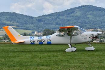 OK-WUO-25 - Private AirLony Skylane UL