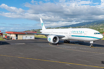 P4-XTL - Crystal Luxury Air Boeing 777-200LR