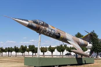 MM6768 - Italy - Air Force Lockheed F-104G Starfighter