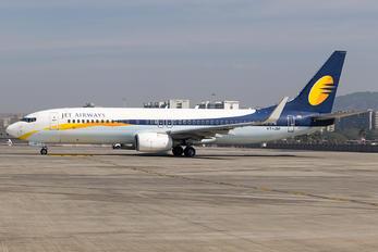 VT-JBF - Jet Airways Boeing 737-800