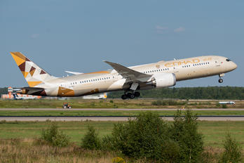 A6-BLP - Etihad Airways Boeing 787-9 Dreamliner