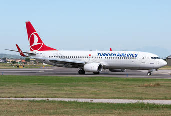 TC-JZH - Turkish Airlines Boeing 737-8AS