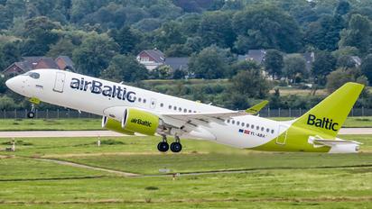 YL-ABA - Air Baltic Airbus A220-300