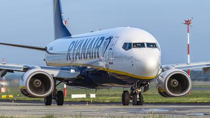 SP-RKM - Ryanair Sun Boeing 737-8AS