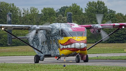 OE-FDN - Pink Aviation Short SC.7 Skyvan
