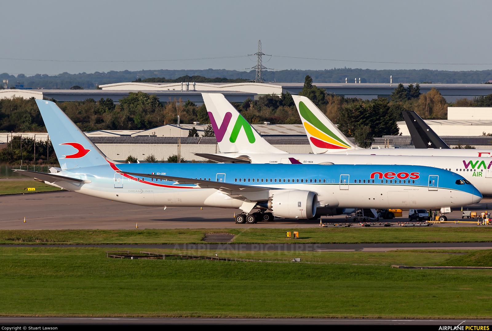 Neos EI-XIN aircraft at Birmingham