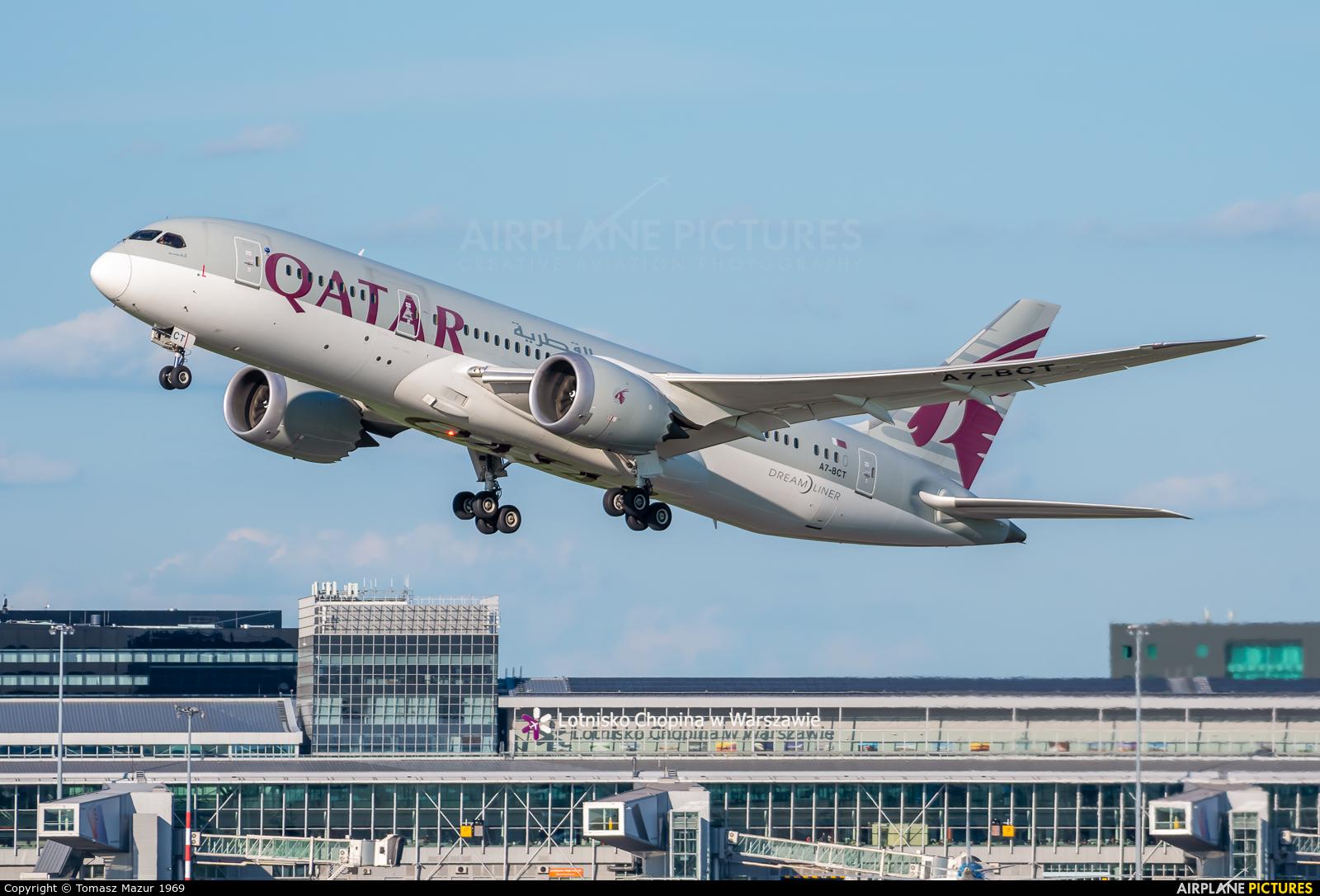 Qatar Airways A7-BCT aircraft at Warsaw - Frederic Chopin