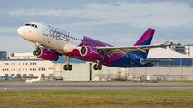 Wizz Air HA-LPL image
