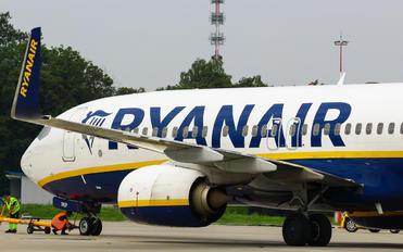 SP-RKP - Ryanair Sun Boeing 737-8AS