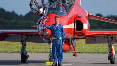 """- - Royal Air Force """"Red Arrows"""" - Airport Overview - Military Personnel"""