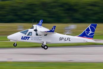 SP-LFL - LOT Flight Academy Tecnam P2006T