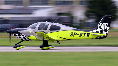 SP-WTW - Private Cirrus SR22T
