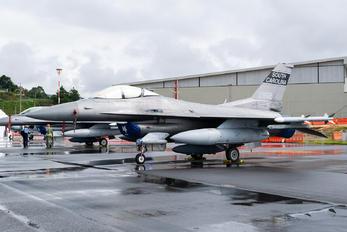 92-3902 - USA - Air Force Lockheed Martin F-16C Block 52M