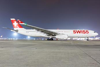 HB-JHH - Swiss Airbus A330-300