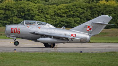 SP-YNZ - Polish Eagles Foundation PZL SBLim-2