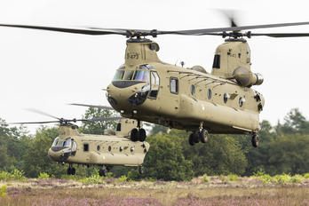 D-472 - Netherlands - Air Force Boeing CH-47F Chinook