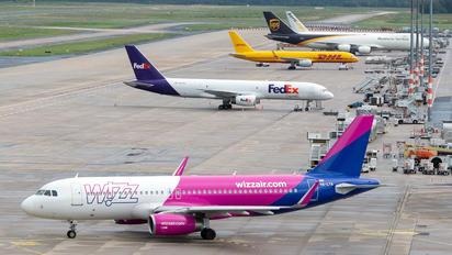 HA-LYA - Wizz Air Airbus A320