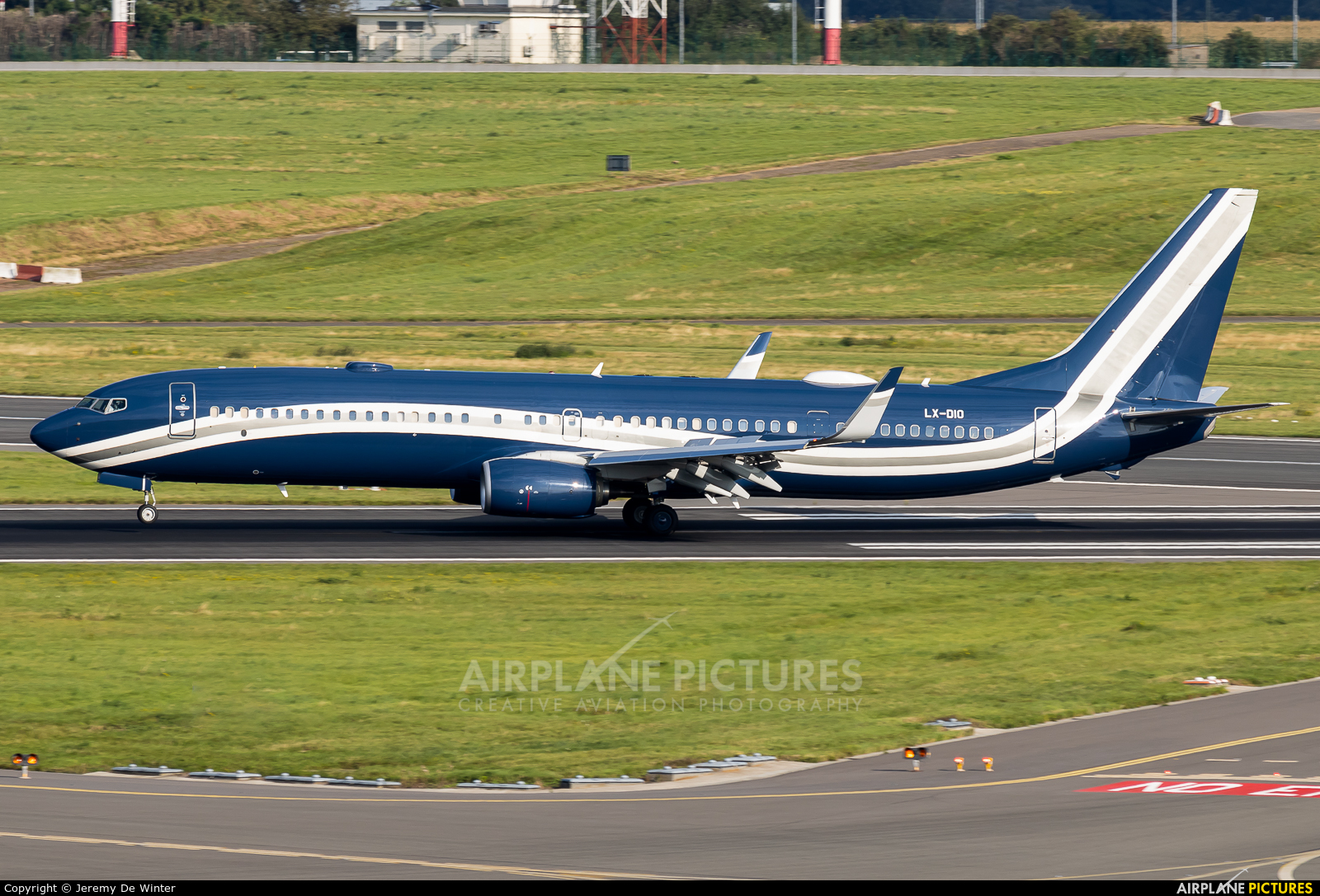 Global Jet Luxembourg LX-DIO aircraft at Brussels - Zaventem