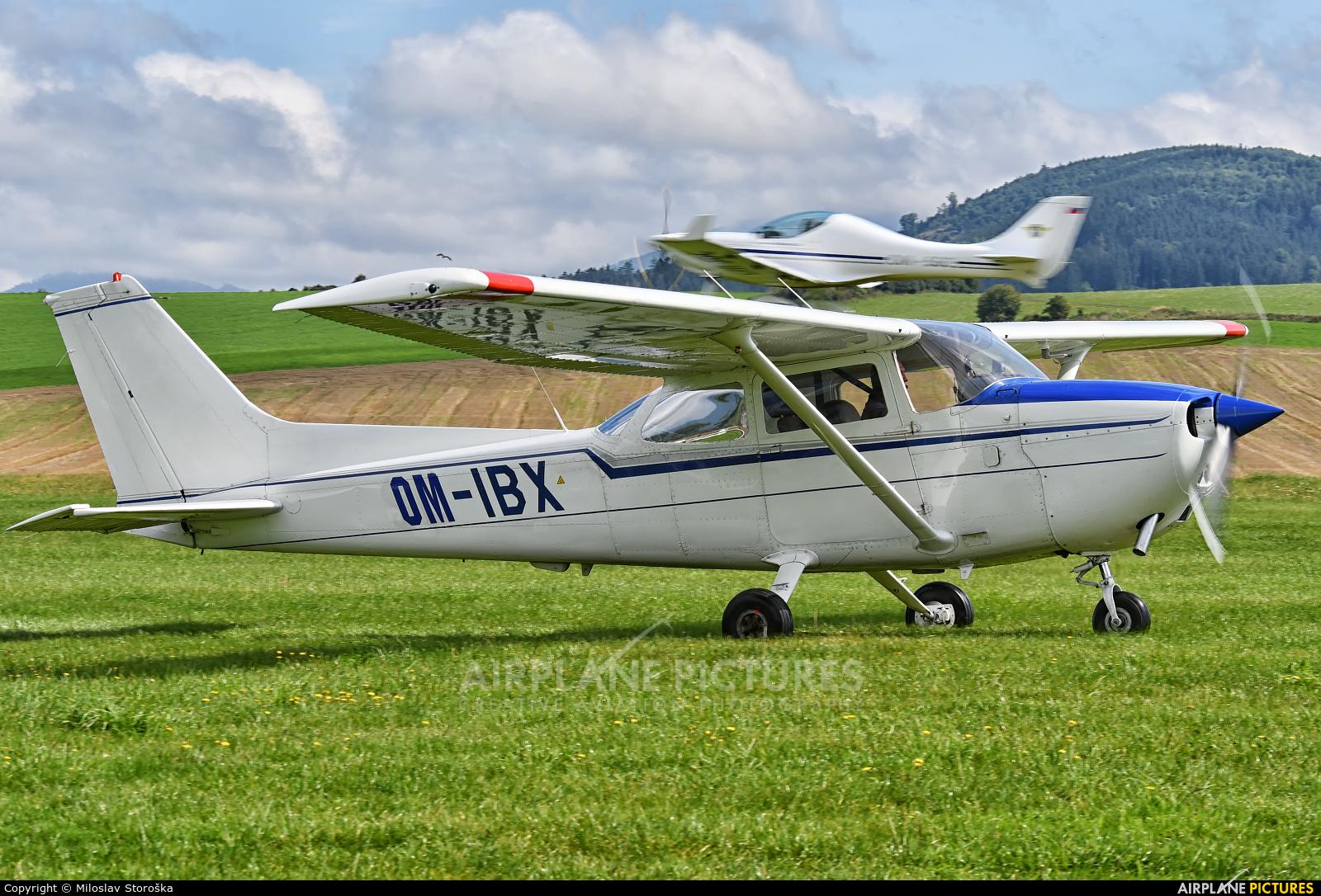 Private OM-IBX aircraft at Martin-Tomčany