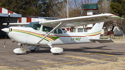 LV-MOZ - Private Cessna 172 Skyhawk (all models except RG)