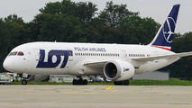 LOT - Polish Airlines SP-LRA image