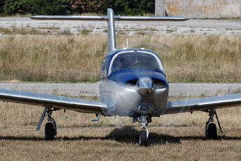 I-MAXT - Private Piper PA-28 Arrow