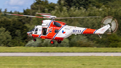 0717 - Czech - Air Force PZL W-3 Sokół