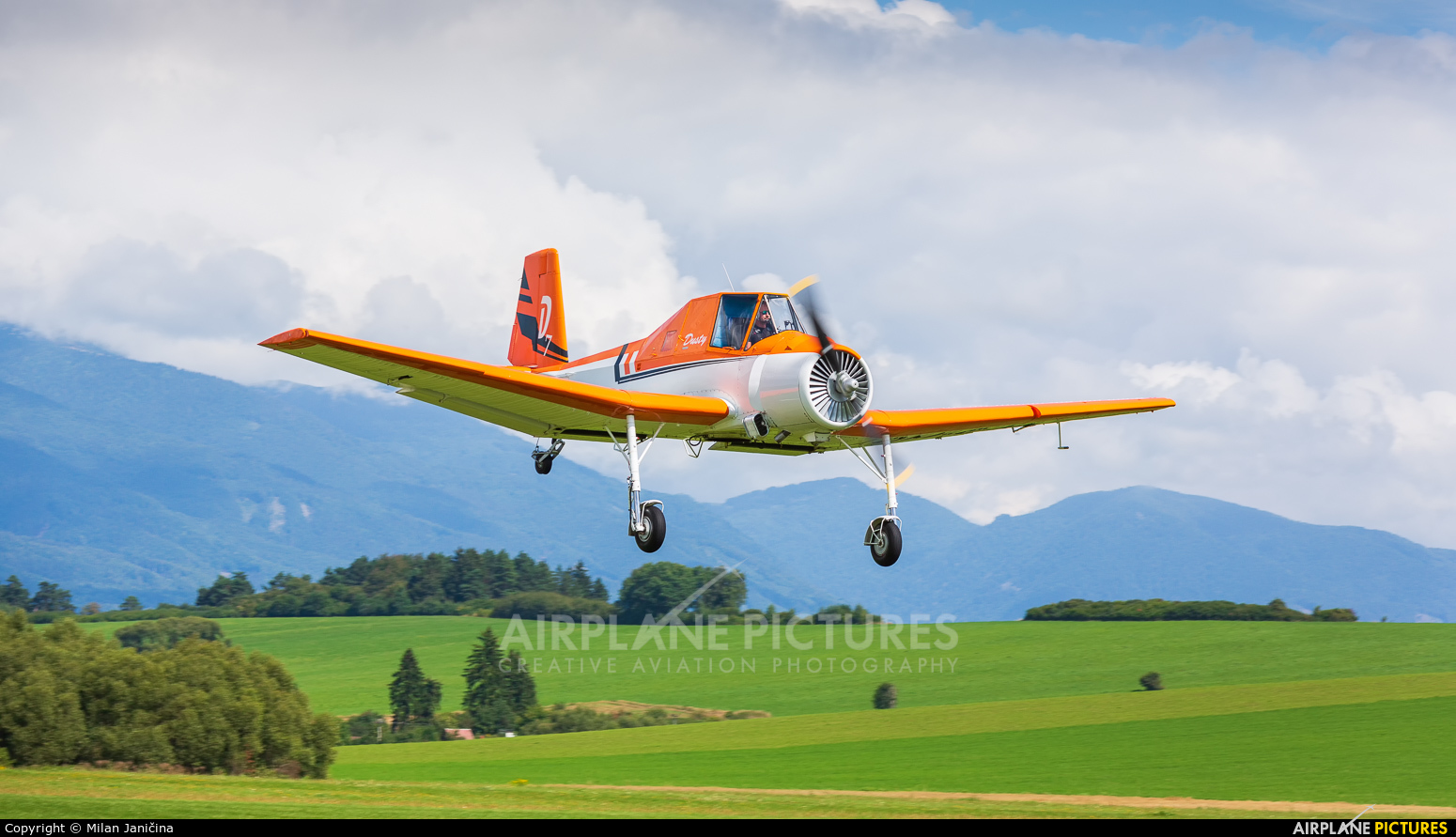 Aeroklub Dubnica nad Vahom OM-CJA aircraft at Martin-Tomčany