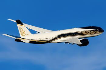 P4-SKN - Equatorial Guinea - Government Boeing 777-200LR