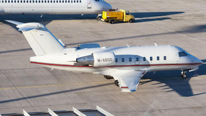 M-ABGG - Private Bombardier CL-600-2B16 Challenger 604