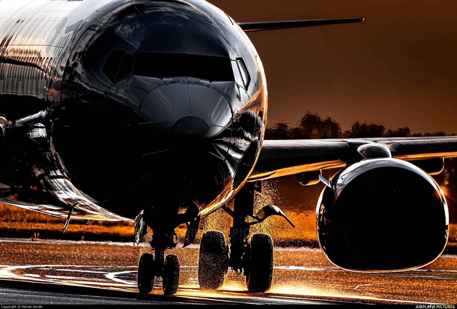 Malta Air 9H-QCX aircraft at Prague - Václav Havel