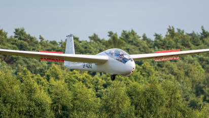 SP-4082 - Aeroklub Rybnickiego Okręgu Węglowego PZL SZD-9 Bocian