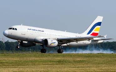 ER-AXL - Air Moldova Airbus A319