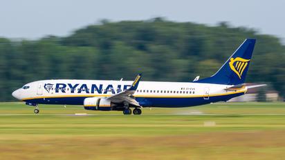 EI-EVS - Ryanair Boeing E-737