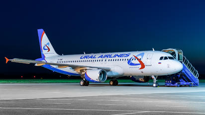 VP-BMF - Ural Airlines Airbus A320